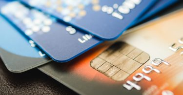 do debit cards affect a credit score